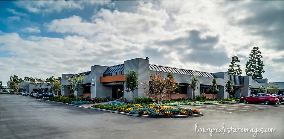 Irvine Commercial & Residential Real Estate Photographer