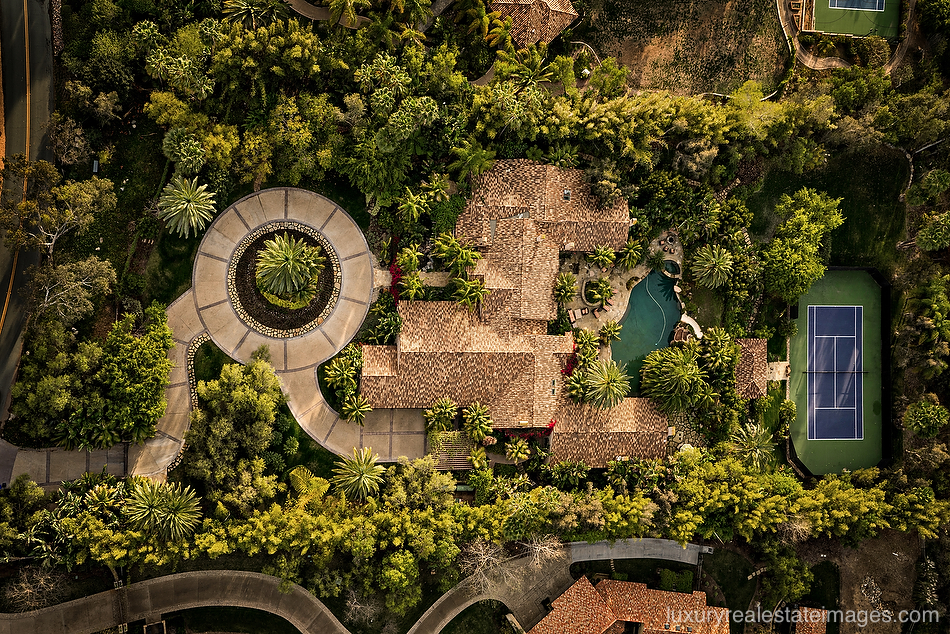 AERIAL PHOTOGRAPHY FOR REAL ESTATE_